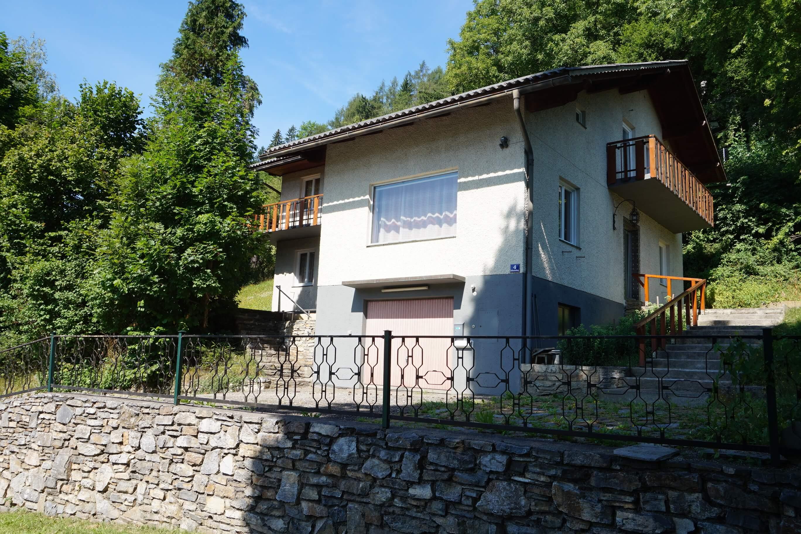 Bruck/Mur-Kaltbach: Wohnhaus in leicht erhöhter Aussichtslage